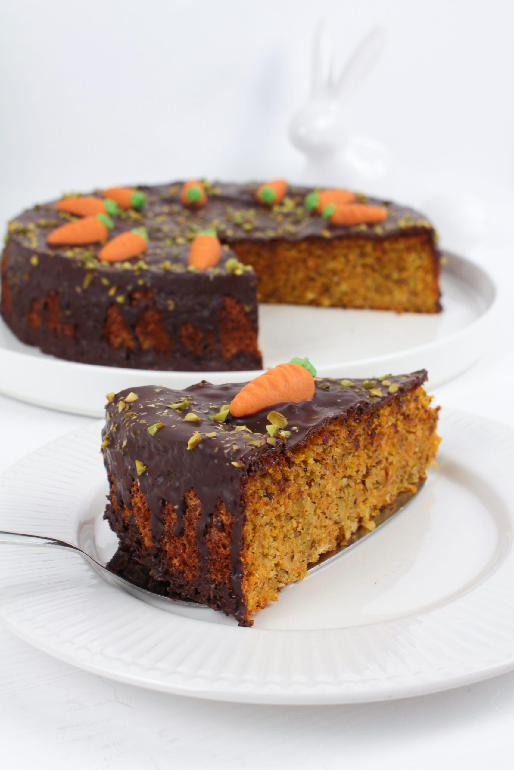 Gesünderer Karottenkuchen ohne Mehl & Butter
